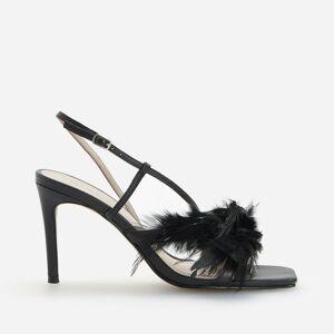 Reserved - REDESIGN Kožené sandále s pierkami - Čierna