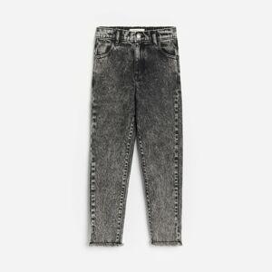 Reserved - Džínsy mom fit s vypraným efektom - Čierna