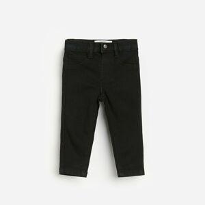 Reserved - Slim fit džínsy s efektom sprania - Čierna
