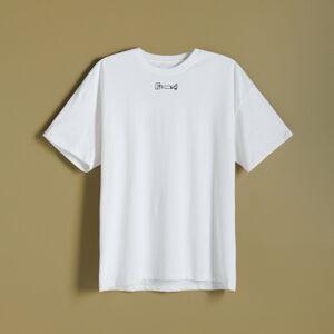 Reserved - Tričko s malým vyšívaným detailom - Krémová