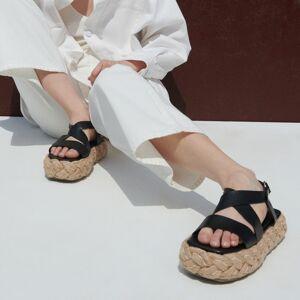 Reserved - Sandále na pletenej platforme - Čierna
