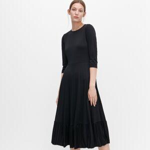 Reserved - Šaty s prestrihom na chrbte -