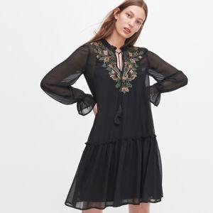Reserved - Šaty s výšivkou - Čierna