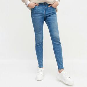 Reserved - Džínsy slim so stredne vysokým pásom - Modrá