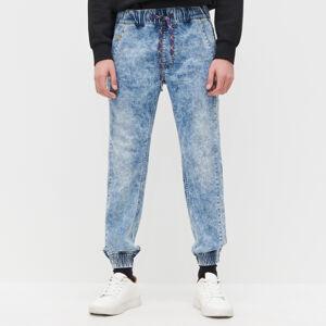 Reserved - Džínsové nohavice jogger - Modrá